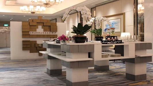 Bauen Sie schöne Catering-Stationen für Bankette und Service-Stationen für Veranstaltungen