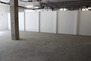 Schöne Wände, die dauerhaft aussehen und Räume besser definieren als Vorhänge oder dünne Trennwände. Erstellen Sie mit EverBlock einzigartige Veranstaltungsräume, temporäre Wände, bewegliche Wände und kreative modulare Ereignisse.
