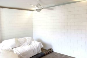 Individuelle Wände Erstellen Sie benutzerdefinierte Wände mit einzigartigen Größen, Richtungen und Elementen wie Türen, Säulen und anderen Funktionen.