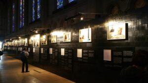 Kunstausstellungswand