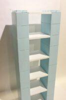 Modulare Regale: Ineinandergreifende modulare Regale für Einzelhandelsdisplays, Büro- und Heimgebrauch.