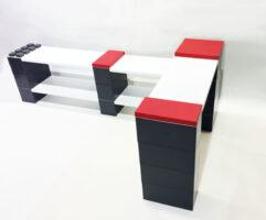 Fügen Sie unsere pulverbeschichteten Metallregalböden zu jeder möglichen Konstruktion hinzu, um erstaunliche modulare Möbel zu schaffen.