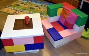 Bunte modulare Möbel