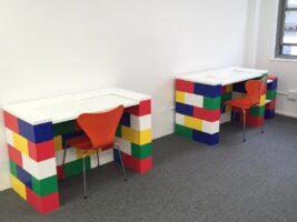 Bunter Schreibtisch: Bauen Sie farbenfrohe Schreibtische für Kinderzimmer, Büros und überall dort, wo ein Farbtupfer benötigt wird.