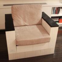 Modulare Sessel: Fügen Sie den Sitzgelegenheiten auf Wunsch Kissen hinzu und kombinieren Sie die Farben für Ihren gewünschten Look.