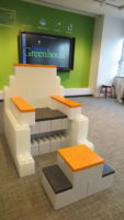 Spaß-Möbell: Erstellen Sie lustige und skurrile Möbeldesigns für den Büro- und Heimgebrauch.