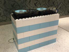 Tragbare DJ-Pulte: Bauen Sie maßgeschneiderte DJ-Pulte und modulare DJ-Tische